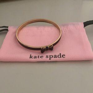 Kate Spade Black Take a Bow Bangle ♠️ 🎀🖤